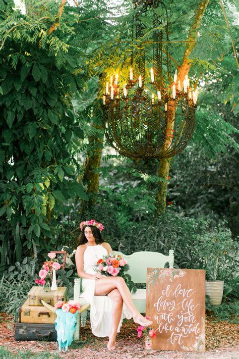 eclectic pink orange boho wedding ideas   detail