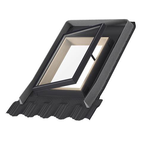 claraboya leroy ventana de techo velux apertura lateral de madera vlt 1000