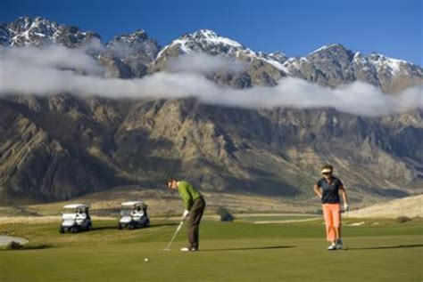 After Mba Courses In New Zealand by Get On The Green At 5 Of Queenstown S Top Golf Courses