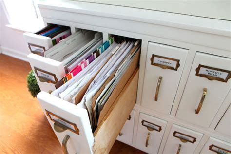 Furniture Makeover: DIY Chalk Painted Wood File Cabinet