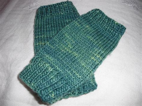 free knitting patterns for fingerless gloves free fingerless gloves knitting pattern knitting