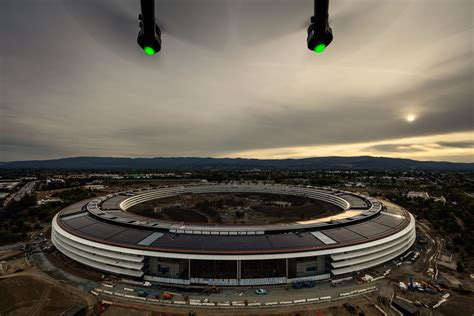 new apple headquarters what s wrong with apple s new headquarters wired