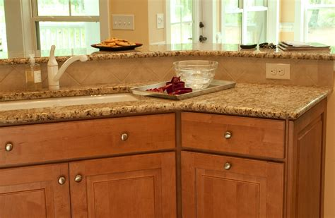 raised panel maple raised panel maple cabinets traditional kitchen design