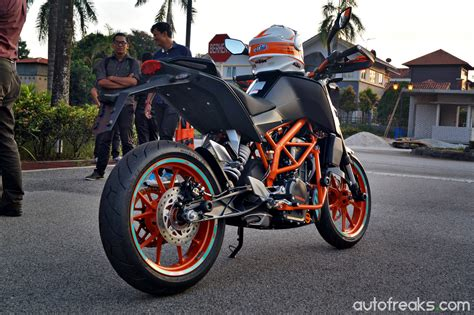 Ktm Duke 250cc Price Bikes Ktm Rc 250 250 Duke Launched In Malaysia