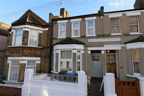 3 bedroom house to rent in plumstead 3 bedroom terraced house to rent in piedmont road