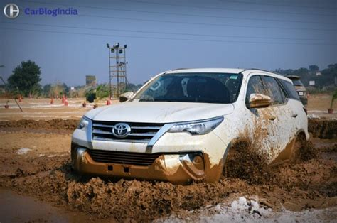 Toyota Fortuner Road Toyota Fortuner Road Review With Images And Details