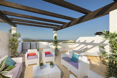 duquesa 2 bedrooms apartment for sale sunnyhomes4u