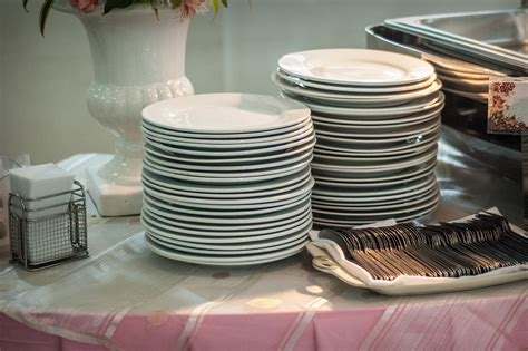 how to set up a buffet table how to set up a buffet 6 steps with pictures wikihow