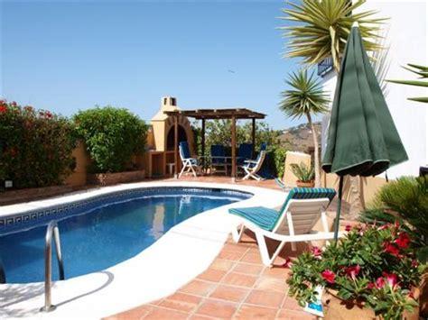 villas vista del sol 3 bed 3 bath vista del sol villa yuca 3 bed 2 bath villa with private pool in nerja