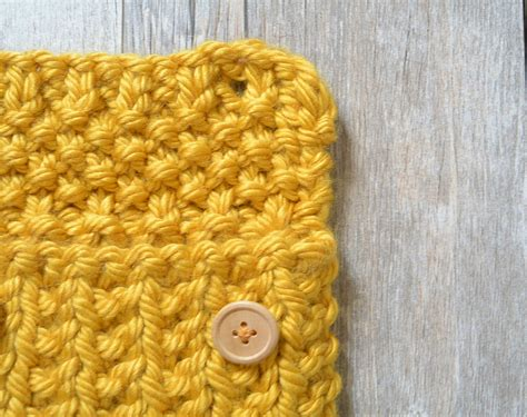 knit buttonhole anything knit pouch in a stitch