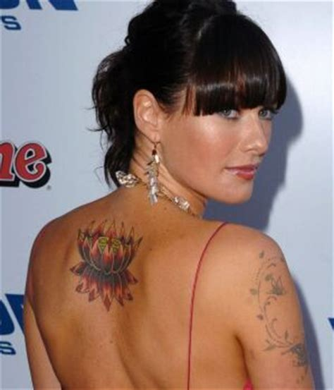 lena headey tattoo what do you think about lena s tattoos lena headey fanpop