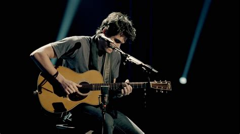 john mayer where the light is can anyone tell me or find what guitar strap john is
