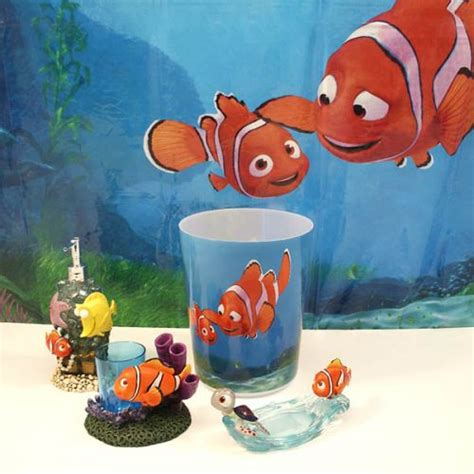 image finding nemo bathroom decor