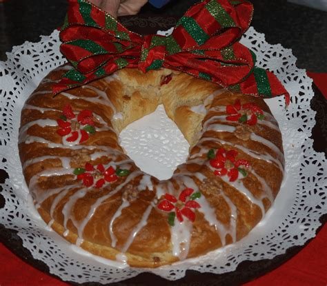 Coffee Cake Two Ways Beginner And Expert by How To Make Santa Clause Cake