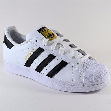 imagenes de zapatillas en blanco y negro adidas superstar originals s 290 00 en mercado libre