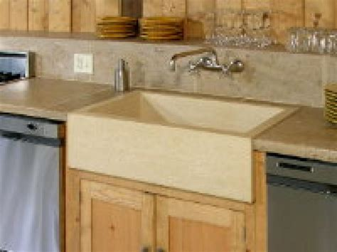quality kitchen sinks how to pick pro quality sinks and faucets hgtv