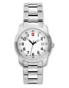Victorinox Swiss Army Field Small - White Dial - Stainless