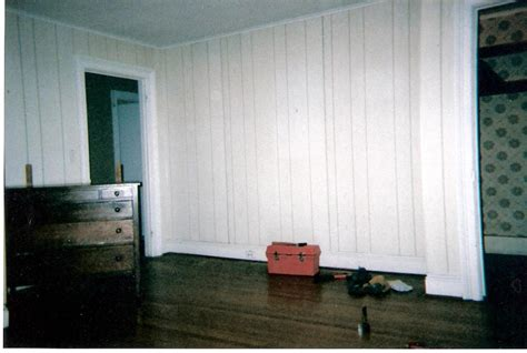 how to whitewash wood panel walls whitewash wood paneling makeover before and after best