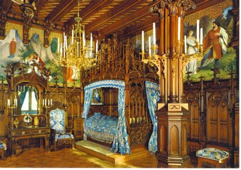 king ludwigs castle neuschwanstein royal bedroom