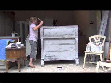 chalk paint tutorial sloan blue egg brown nest sloan chalk paint tutorial 4