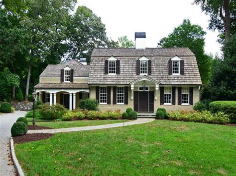 57 best dutch colonial homes images on pinterest asphalt 57 best dutch colonial style homes images on pinterest