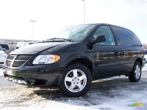 black dodge caravan 2006 brilliant black dodge caravan sxt 25792491 photo 3