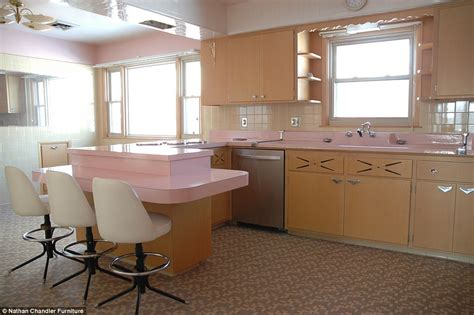 1950s Kitchen Furniture Pretty In Pink Inside The Immaculate Chicago Kitchen Frozen In Time Since It Was Abandoned In