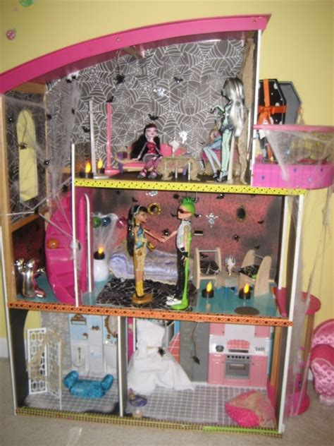 monster doll house monster high dollhouse diy crafts