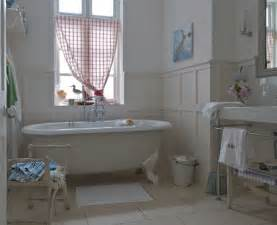 Country Style Bathrooms Ideas by Several Bathroom Decoration Ideas For Country Style
