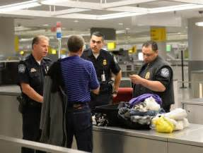 exclusive jfk customs officers use their wits to bust