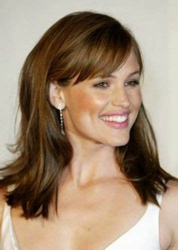 dancing with the stars side swept bang ebony is highlighted hair dated 17 jennifer garner hair color