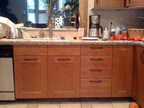 where to place kitchen cabinet handles choosing handle for kitchen cabinets my kitchen interior