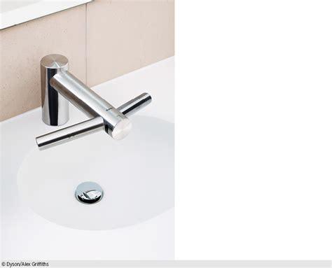 wannen armaturen wasserhahn sensor grohe kaltwasserarmatur wandauslauf