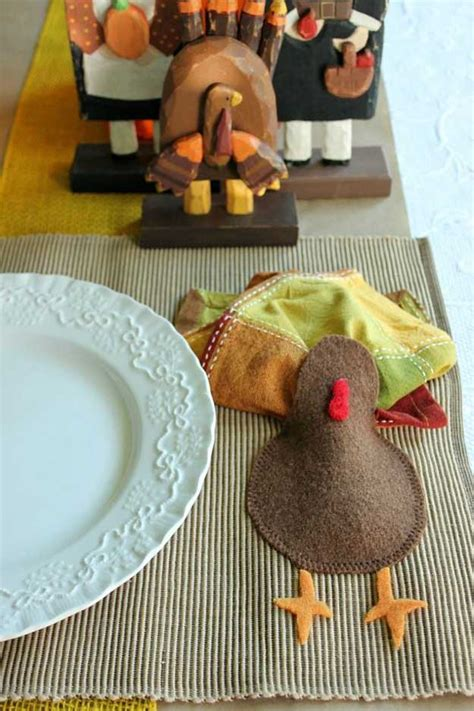 Home Made Thanksgiving Decorations by Thanksgiving Decorations 14 Diy Placemat Ideas