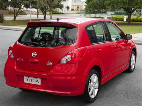 tiida nissan hatchback nissan tiida technical specifications and fuel economy