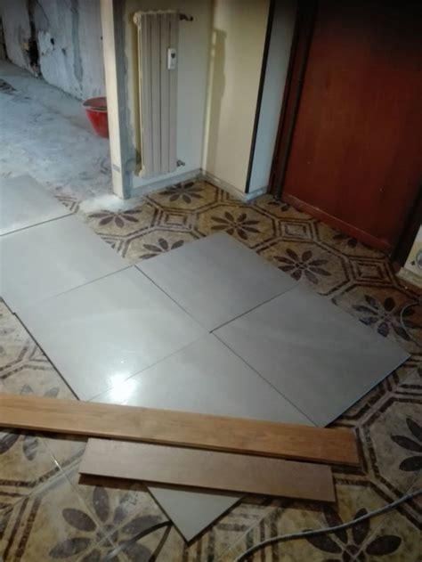 tappeto per parquet tappeto in piastrelle per ingresso di casa con parquet