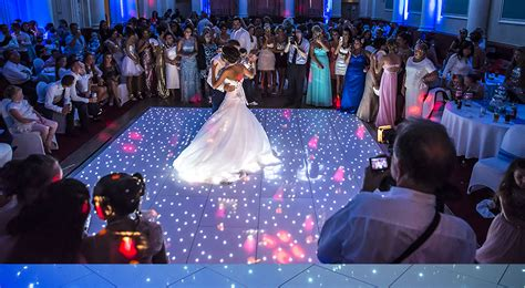 Wedding Entertainment by Why Use A Wedding Entertainment Agency