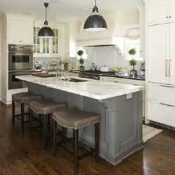 Islands In Kitchens 25 Best Ideas About Kitchen Islands On Pinterest Buy