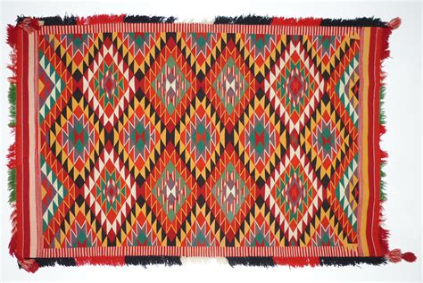 navajo rugs and blankets the history of navajo blankets and rugs