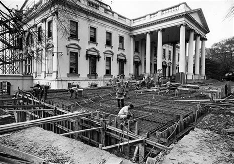 white house remodel revealing historical photos show us white house gutted