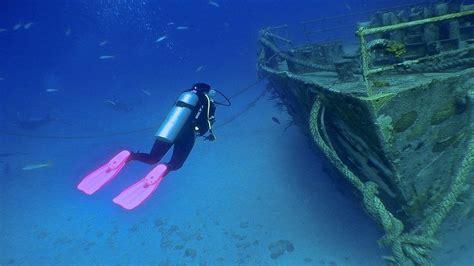 best diver pink fins best scuba diver