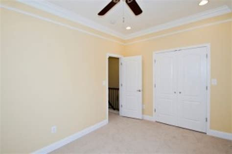 Cost To Paint Interior Walls by Things To When Calculating Painting Cost Hometriangle