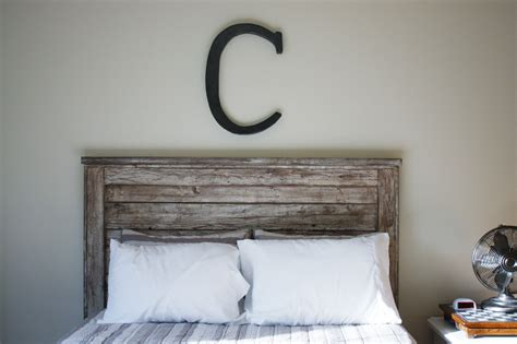 Rustic Wooden Headboard with White Rustic Headboard Diy Projects