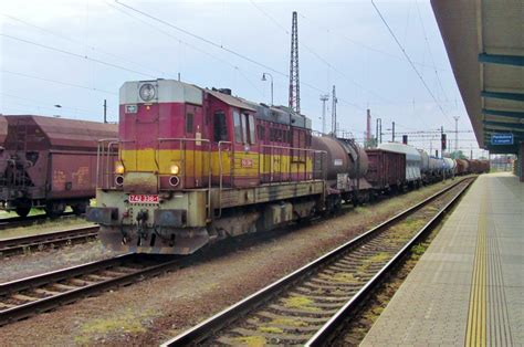 Cd Shunting cd 742 336 shunts at pardubice on 3 june 2013 rail pictures