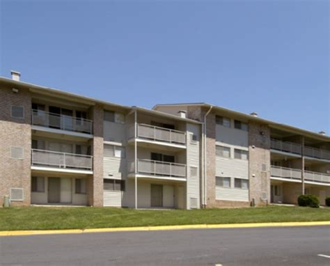 hilltop appartments hilltop apartments new carrollton see pics avail