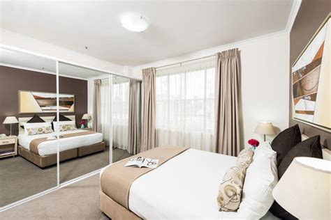 2 bedroom apartments sydney darling harbour oaks goldsbrough apartments hotels near darling harbour