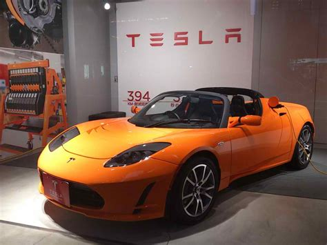 Tesla Roadster Electric Car Review Tesla Motors All Electric Model S Is Fast But Is