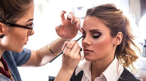 Cermin Make Up Artist la figura professionale make up artist