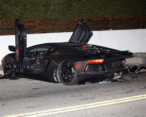 Lamborghini Aventador Crash Chris Brown S Lamborghini Aventador Crashed And Abandoned