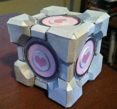 Papercraft Companion Cube - companion cube by n8s on deviantart